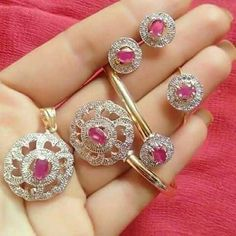 Simple Jewelry, Jewelry Ideas, Grandmothers, Jewellery Designs, Bangles, Bracelets, Pendant Set, Jewelry Collection, Diamond Earrings