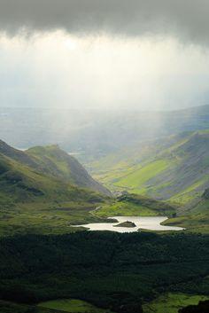 Mountain Lake, Snowdonia   Wales (by Desert Rhino)