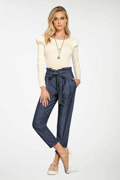 Pantalon Bota Recta Tiro Alto Azul Jeans, Denim, Outfits, Full Sleeves, Jackets, Pants, Short Skirts, Blue, Suits