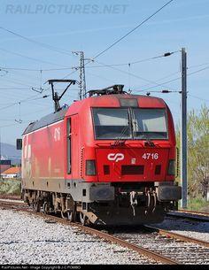 RailPictures.Net Photo: CP 4716 Caminhos de Ferro Portugueses Siemens CP 4700 series at Fundão, Portugal by J.C.POMBO