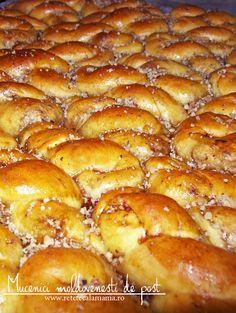 mucenici moldovenesti de post reteta, mucenici din aluat de post umpluti cu nuca reteta veche Pretzel Bites, French Toast, Sweets, Cooking, Breakfast, Breads, Food, Romania, Sweet Treats