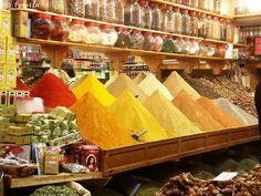 Marché aux épices marocain