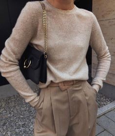 Image shared by Jarbas Jacare. Find images and videos about girl, fashion and style on We Heart It - the app to get lost in what you love. Cute Winter Outfits, Casual Fall Outfits, Winter Fashion Outfits, Classy Outfits, Look Fashion, Stylish Outfits, Autumn Fashion, Spring Outfits, Girl Fashion