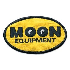 Mooneyes MQQN Equipment Oval Embroidered Patch
