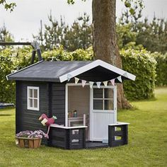 Plus legehus ubehandlet med terrasse - cm Outdoor Play Areas, Outdoor Fun, Outdoor Structures, Cubby Houses, Play Houses, Outdoor Projects, Garden Projects, Tiny Container House, Playhouse Interior