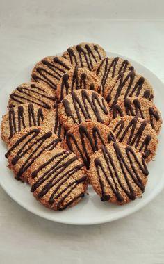 Galletas de Avena y Coco – DULCES FRIVOLIDADES Sweet Recipes, Real Food Recipes, Cookie Recipes, Dessert Recipes, Desserts, Healthy Sweets, Healthy Snacks, Healthy Recipes, Homemade Muesli