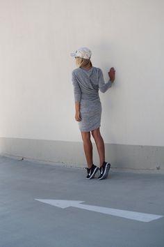 319f9b1f8c01 Sports luxe Nike Running Shoes Women