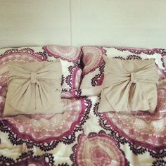 Pillows with the bows