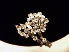 Vintage 1960s Brooch Rhinestone Glass Diamante by AnnesGlitterBug