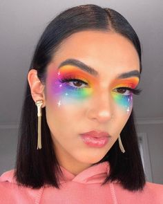 These Makeup Looks For Pride 2019 Will Color You ImpressedYou can find Carnival makeup and more on our website.These Makeup Looks For Pride 2019 Will Color You Impressed Burgundy Makeup Look, Purple Makeup Looks, Vintage Makeup Looks, Soft Makeup Looks, Glitter Makeup Looks, Red Lips Makeup Look, Peach Makeup, Creative Makeup Looks, Glam Makeup Look