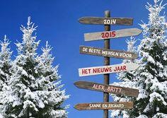 Fotokaarten kerstkaart zonder eigen foto met wegwijzer en bomen / Fotokaarten Holiday card with sign and trees