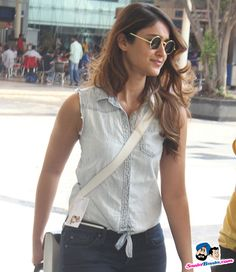 Ileana D'Cruz Picture Gallery image # 300921 at Stars Spotted 2015 containing well categorized pictures,photos,pics and images. Bollywood Photos, Bollywood Actors, Ileana D'cruz Hot, Bollywood Lehenga, Cute Beauty, Girls With Glasses, South Indian Actress, India Beauty, Indian Actresses
