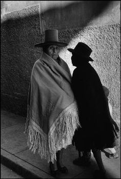 Bolivia, Potosi, 1957 by Sergio Larrain Henri Cartier Bresson, Magnum Photos, Gordon Parks, Michelangelo Antonioni, Black White, Black And White Pictures, Bolivia, Photography Tips, Street Photography