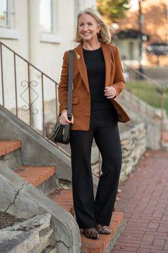 Creating a Column of Black, Slim Wide Leg Pants, Classic looks, shopping for basics, Capsule Wardrobe