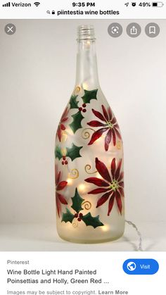 Wine Bottle Vases, Bottle Centerpieces, Recycled Wine Bottles, Glass Bottle Crafts, Lighted Wine Bottles, Diy Bottle, Bottle Lights, Painted Glass Bottles, Christmas Wine Bottles