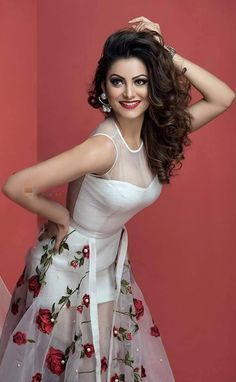 Urvashi Rautela hot and sexy pics are a treat to watch, so we compiled near nude and hot photos of Urvashi Rautela in bikini, saree, jeans, and from her hot photoshoots. Check out Urvashi Rautela hot images here Bollywood Girls, Bollywood Actress Hot, Beautiful Bollywood Actress, Bollywood Fashion, Beautiful Actresses, Bollywood Images, Hindi Actress, Beautiful Girl Indian, Most Beautiful Indian Actress