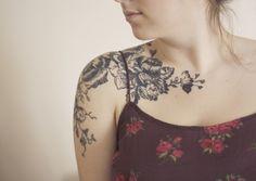 tattoo idea - black and white flowers