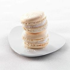 Recipe of french coconuts macaroons Pdf Tutorial by Boitifole Free Paleo Recipes, Sweet Recipes, Gluten Free Coconut Macaroons, Macaroon Filling, Cookies Sans Gluten, Macaroon Recipes, English Food, French Pastries, Pastry Recipes