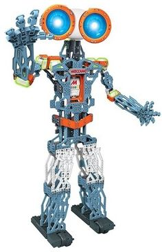Meccano MeccaNoid KS Meet Meccano's ultimate, build-it-yourself robot, the Meccanoid KS Personal Robot. Standing almost 4 feet tall the Meccanoid KS All Toys, Toys R Us, Robot Kits For Kids, Body Gestures, Gadgets, Life Cover, Christmas Toys, Christmas 2015, Xmas 2015