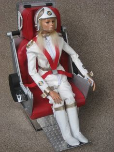 Stop Laughing! This 'Doll' was my first fantasy crush from about the age of Destiny Angel from Captain Scarlet. Ufo Tv Series, Best Series, Sci Fi Tv, Sci Fi Books, Bonnie And Clyde Death, Science Fiction, Joe 90, Thunderbirds Are Go, Sci Fi Comics