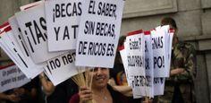 """El Gobierno admite """"incertidumbre"""" y """"retrasos"""" en su sistema de becas / @elpais_sociedad   #universidadencrisis"""