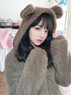 Careful, this mighty bear might attack you!Careful, this mighty bear might attack you! Korean Girl Photo, Cute Korean Girl, Cute Asian Girls, Beautiful Asian Girls, Cute Girls, Cute Kawaii Girl, Cute Girl Face, Japonese Girl, Cartoon Girl Images