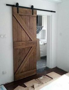 44 New Ideas For Bedroom Closet Door Ideas Diy Modern Barn House Design, Barn Door Designs, New Homes, House Styles, Door Design, Home, Barn Door Hardware, Home Deco, Doors