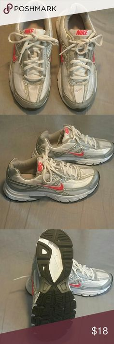 NIKE INITIATOR Shoes Running Size 6.5 M Gray Women's Nike Intiator shoes running size 6 M grey/white very good condition just like new. Thanks for visiting Nike Shoes Athletic Shoes