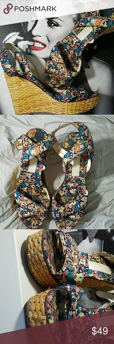 Marc Jacobs WickerHeel & Wrap around ankle Sandals 4.5 heel Strap wraps around ankle Wicker heels A few nicks in wicker, see photos Marc Jacobs Shoes Sandals