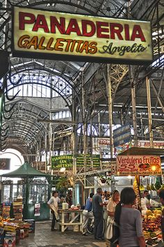 Mercado de San Telmo - Buenos Aires - #HDR #photos #argentina.  Looks like a fun place to visit.