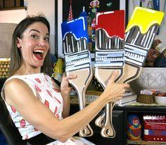 Cassie Stephens: DIY: Wooden Oar to Paint Brush Decor! - Illustration and Art Education High School Art, Middle School Art, Art Classroom Decor, Classe D'art, Art Bulletin Boards, Cassie Stephens, Teacher Blogs, Preschool Art, Art Club
