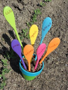 Simple garden markers made from cheap wooden spoons