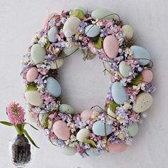 interessante dekoration ostern ideen 2015 Check more at - Deko Ostern - # Easter Wreaths, Holiday Wreaths, Spring Wreaths, Easter 2018, Easter Parade, Easter Holidays, Egg Decorating, Diy Wreath, Wreath Ideas