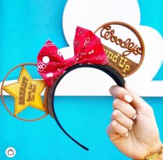 Must Have Items for Toy Story Land : Sheriff Woody Mickey Ears Disney Minnie Mouse Ears, Disney Mickey Ears, Disney Up, Disney Toys, Disney Crafts, Cute Disney, Disney Style, Disney Hair, Disney Ideas
