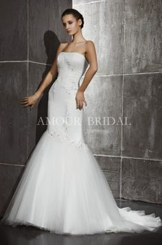 Buy High Quality Dresses from Dress Factory One Shoulder Wedding Dress, Bridal, Wedding Dresses, Stuff To Buy, Collection, Fashion, Bride Gowns, Wedding Gowns, Moda