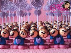 Lembrancinhas de casamento-agarradinhos nas cores azul com rosa e lilas Pedido minimo: 50 unidades