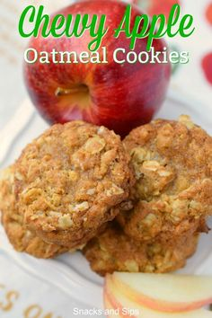 Chewy Apple Oatmeal Cookies – Snacks and Sips Chewy Apple Oatmeal Cookies Chewy Oatmeal Apple Cookies combine all your favorite flavors in one easy to prepare snack. Perfect after school nack with a glass of milk, you'll love this delicious treat. Köstliche Desserts, Delicious Desserts, Yummy Food, Delicious Cookies, Healthy Food, Easy Apple Desserts, Apple Snacks, Apple Dessert Recipes, Breakfast Recipes
