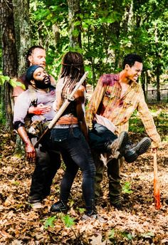 I don't know if I can ever forgive them for killing tyreese. He was one off the few good people left. :(