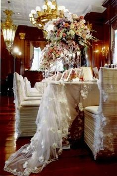 Wedding table and chairs decor