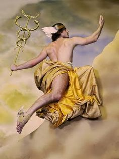 Mercúrio (Hermes), filho de Júpiter e de Maia, era o deus do comércio,  da luta e de outros exercícios ginásticos e até mesmo da ladroeira; em suma, de tudo quanto requeresse destreza e habilidade. Era o mensageiro de Júpiter e trazia asas no chapéu e nas sandálias. Na mão, levava uma haste com duas serpentes, chamada caduceu.Atribuía-se a Mercúrio a invenção da lira.