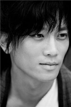 Do not become too alarmed by the close-up shots of actor Ji Sung. Lee Bo Young, Korean Star, Korean Men, Asian Actors, Korean Actors, Asian Celebrities, Hot Actors, Actors & Actresses, Jikook