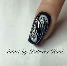 Make an original manicure for Valentine's Day - My Nails Fingernail Designs, Nail Art Designs, Nails Design, Beautiful Nail Art, Gorgeous Nails, Fancy Nails, Trendy Nails, Black Nails, White Nails
