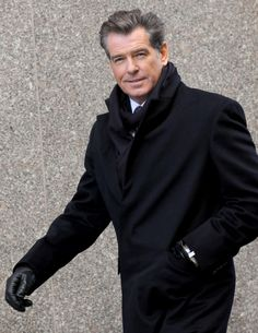 Pierce Brosnan | Pierce Brosnan wants to warm up your biscuits