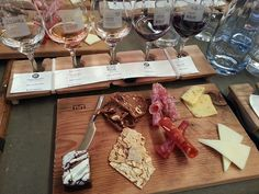sommelier's choice wine flight and food pairings