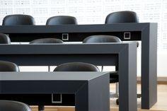 Auditorium DTU – Danmarks Tekniske Universitet – Desk – PO Inventar ¬– Arkitema - overflade - Desktop - Furniture Linoleum - Forbo