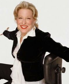 Bette Midler, Soul Sisters, Leather Skirt, Actresses, Cake Ideas, Amazing, Idol, Pictures, Women