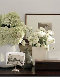 I love groupings of white flowers. Especially hydrangeas.