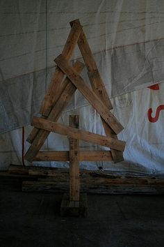pallet xmas tree by twiggie's, via Flickr