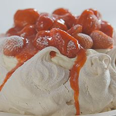 Strawberry and Vanilla Pavlova