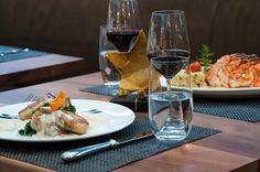 Serviettenknödel, Schwarzwurzelpüree, Federkohl, Mischpilze Restaurant, Fine Dining, White Wine, Alcoholic Drinks, Dinner, Food Menu, Nth Root, Mushrooms, Napa Cabbage